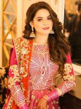 Famous Actress Manal Khan